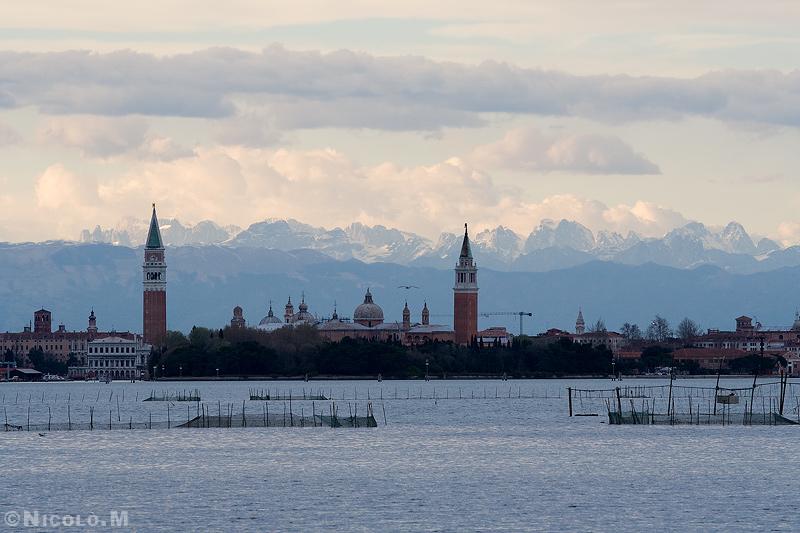 Da Giuseppe Mazzotti a Cino Boccazzi le montagne venete e gli alpinisti scrittori l'amicizia con Comisso e Buzzati
